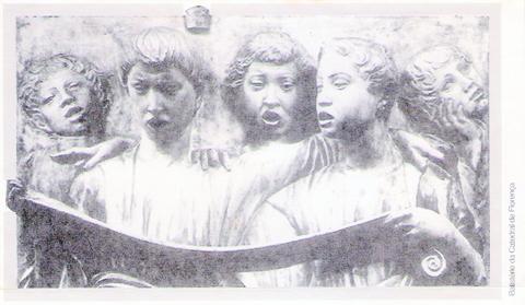 Escultura cantantes (2)